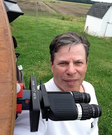 Russ Lederman at his telescope with Binotron binoviewers and the 3D Astronomy L-O-A eyepieces