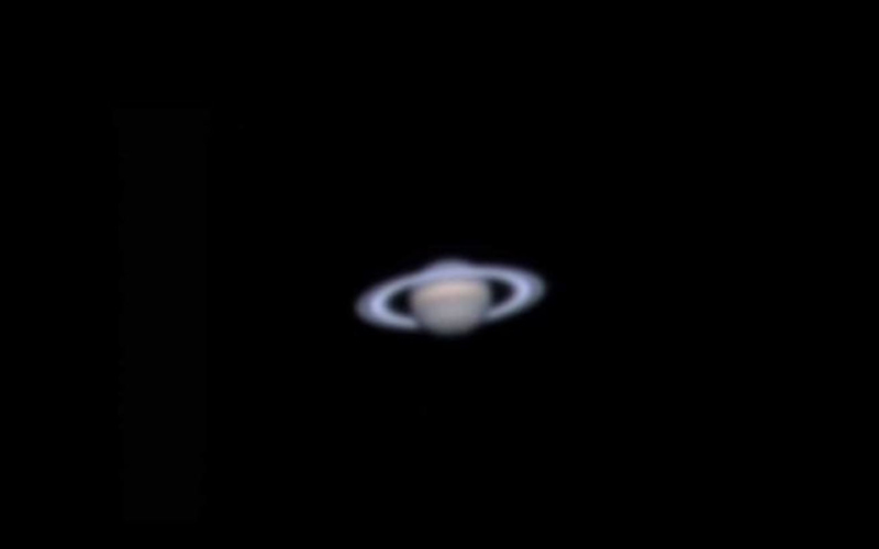 Observing the planet Saturn